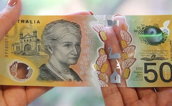 Australian 50 note with typo